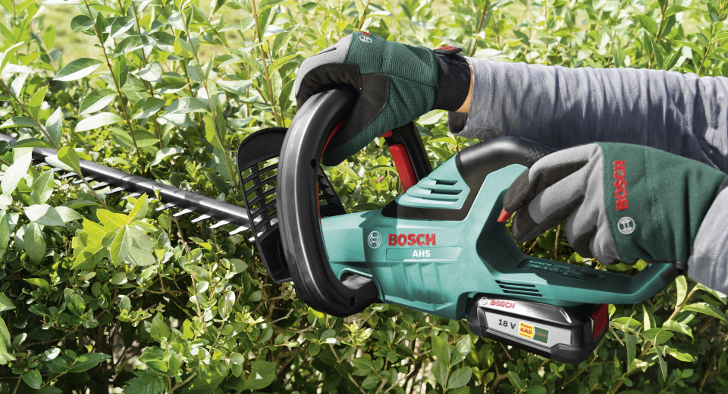 Bosch heggenschaar Hubo gratis bladblazer