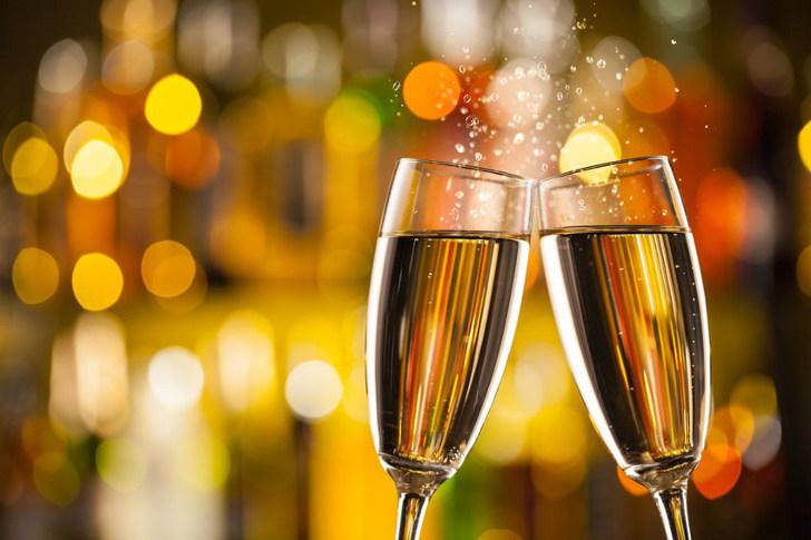 gratis fles champagne bij delhaize