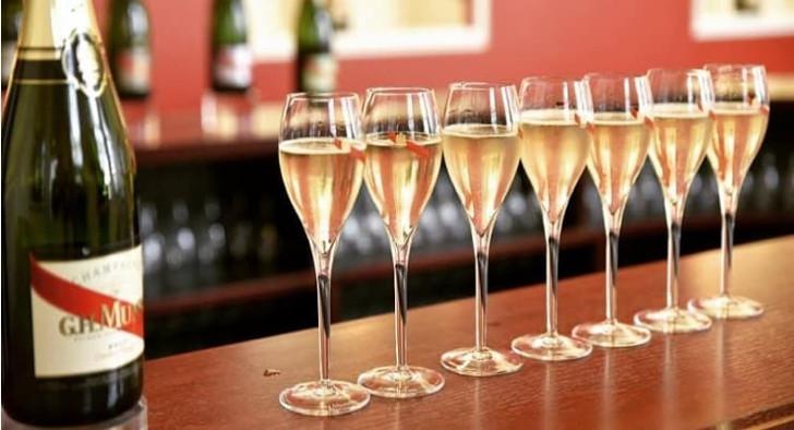 Mumm Champagne gratis Knack Trends Sport Voetbal Magazine