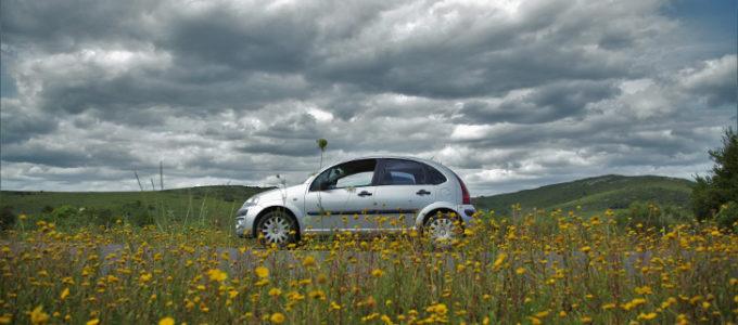 Gratis prijssimulatie voor een autoverzekering van AXA